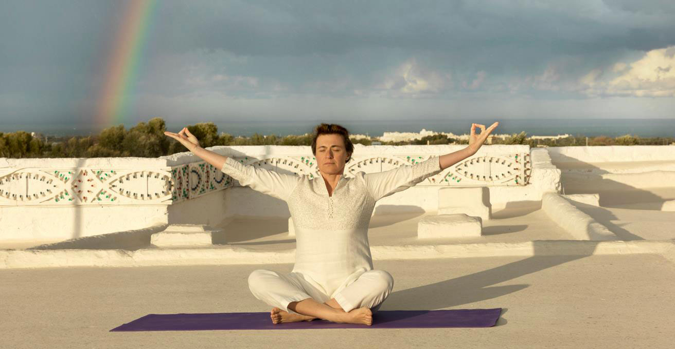 carla nataloni yoga ormonale-milano