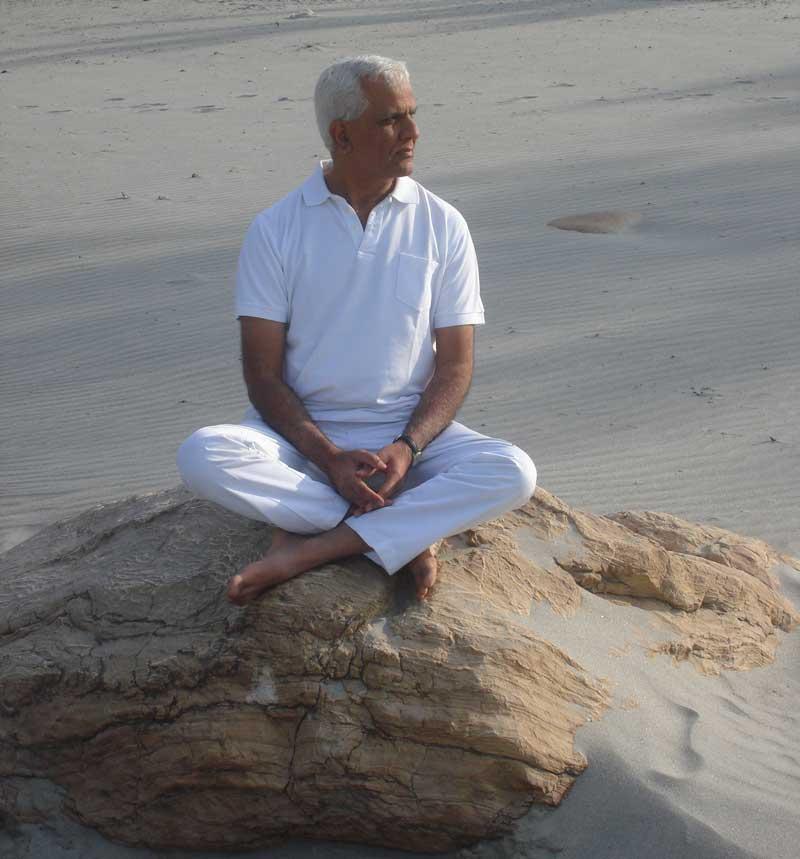 Mansoor yoga del silenzio