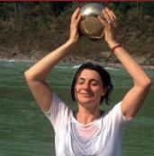 CARLA NATALONI Insegnante Hatha Yoga e Yoga Ormonale