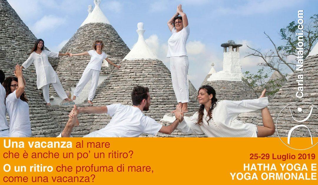 Vacanza Hatha Yoga e  Yoga Ormonale – in valle d'Itria, nel silenzio e nel bianco dei trulli