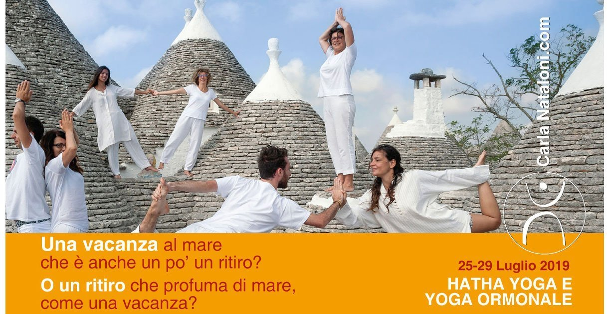 Vacanza Hatha Yoga e  Yoga Ormonale - in valle d'Itria, nel silenzio e nel bianco dei trulli