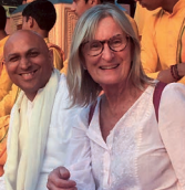 SUSIE ROY Insegnante Hatha Yoga