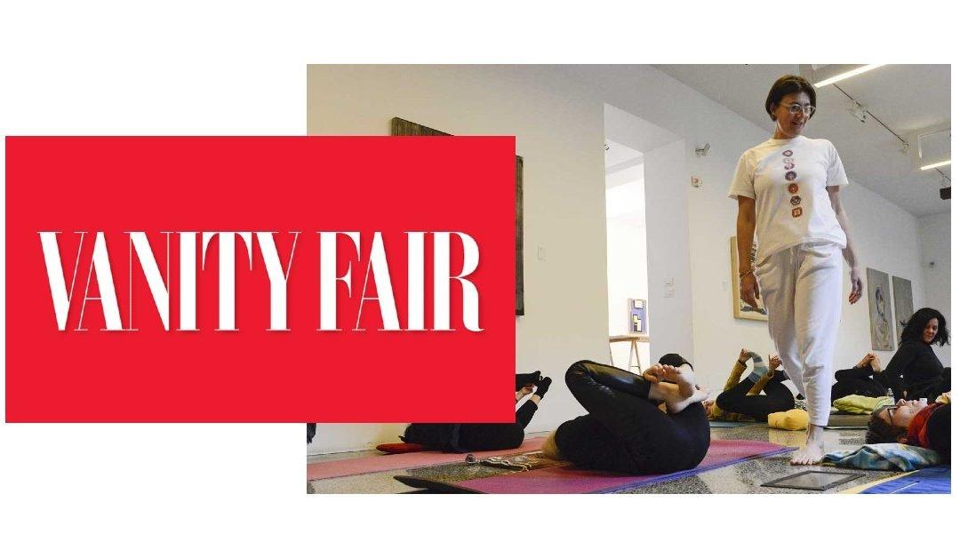 I benefici dello yoga in menopausa – Vanity Fair