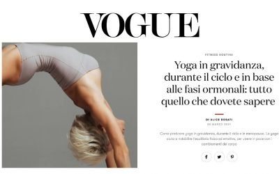 Yoga in gravidanza, durante il ciclo e in base alle fasi ormonali: tutto quello che dovete sapere  – Vogue